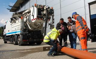 IKT-Fahrzeug-Check: Leistung an der Düse ermitteln