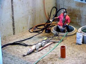 Reparaturvorbereitung für Warentest Sanierung von Hausanschluss-Stutzen