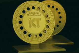 Verleiht das IKT jährlich: den Goldenen Kanaldeckel