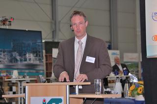 Erik Laurentzen, Arnhem, während seines Vortrags
