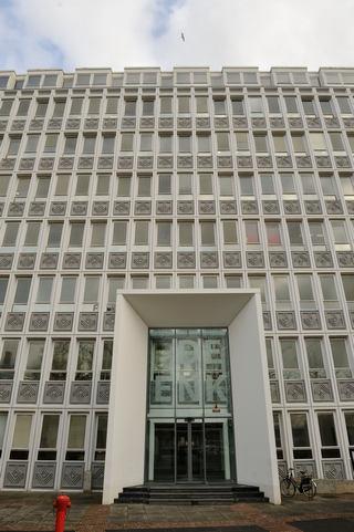 Büro und Labor: In diesem Verwaltungsgebäude in Arnheim/NL hat das IKT Nederland seinen Sitz.