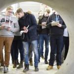 Erfahren, ausprobieren, lernen: Studenten erkunden das IKT