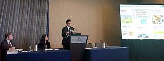 Sissis Kamarianakis während seines Vortrags bei der IRWA-Konferenz in San Diego
