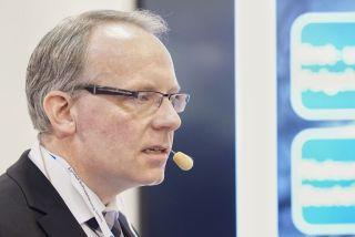 Peter Vogt während seines Vortrags
