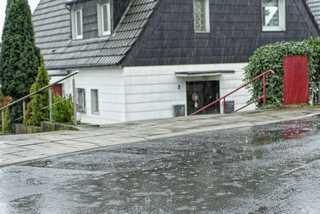 Haus im Regen