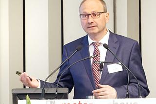 Marco Schlüter während seines Vortrags