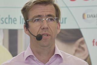 Jan Waschnewski während seines Vortrags