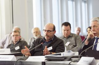 Angeregte Diskussionen: Wie kann man gegen Starkregen-Schäden vorsorgen?