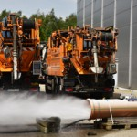 Pumpe, Düse, Schlauch: 6 Spülfahrzeuge beim IKT-Leistungscheck