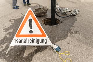 Kanalreinigung in progress