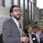 """IKT-Warentest """"Kurzliner"""" Ergebnispräsentation Serdar Ulutas und Publikum"""