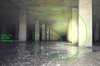 Bauwerk zur Regenrückhaltung durch die Inspektionskamera gesehen