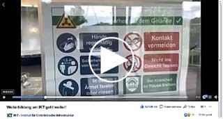 Plakat mir Verhaltensregeln in Corona-Zeiten, Link zu Facebook-Video