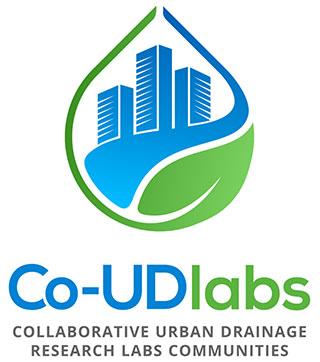 Blau-grünes Logo von Co-UDlabs auf weißem Hintergrund